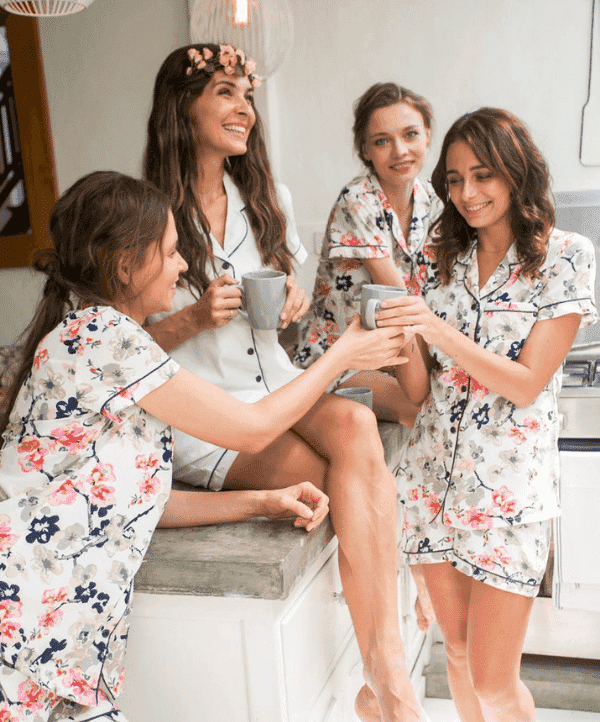 pijamas para despedidas de solteras damas de honor