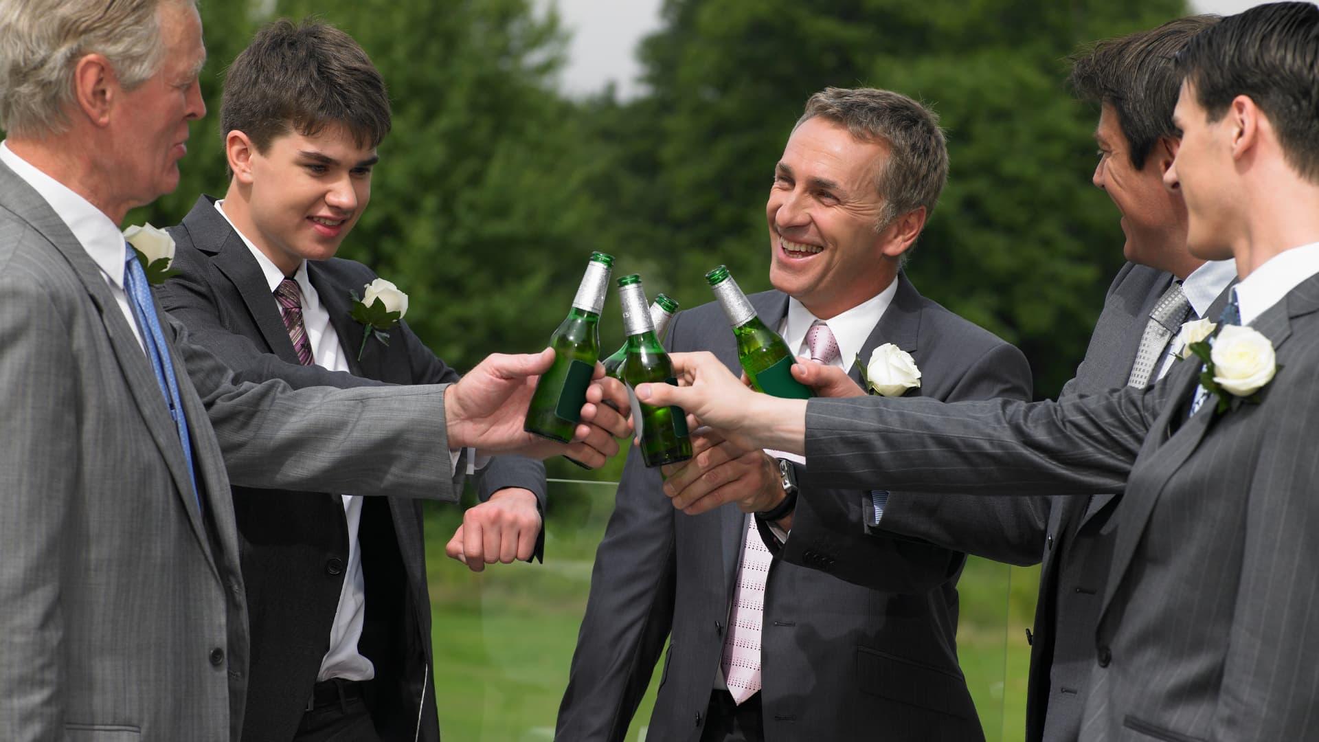 deberes padrino de boda