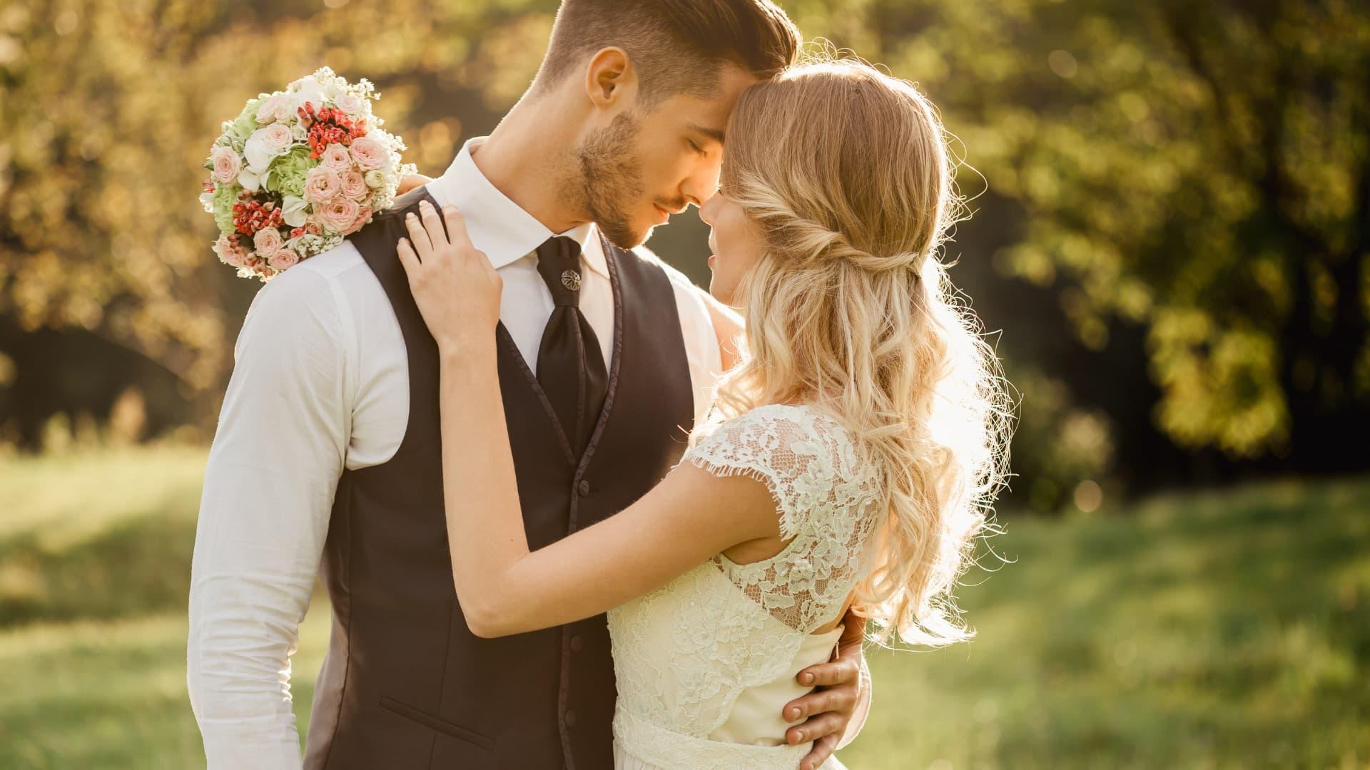pareja bodas